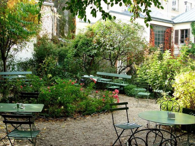 Café de la Vie Romantique