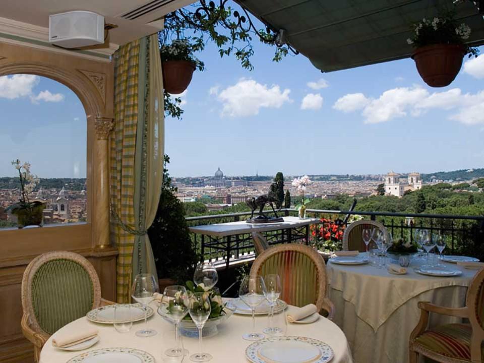 Roma. Ristoranti con giardino e prezzi per mangiare all\'aperto