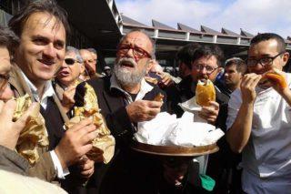 Happy pizza. Giobbe Covatta, Paolantoni e Sorbillo danno un altro morso all'hamburger