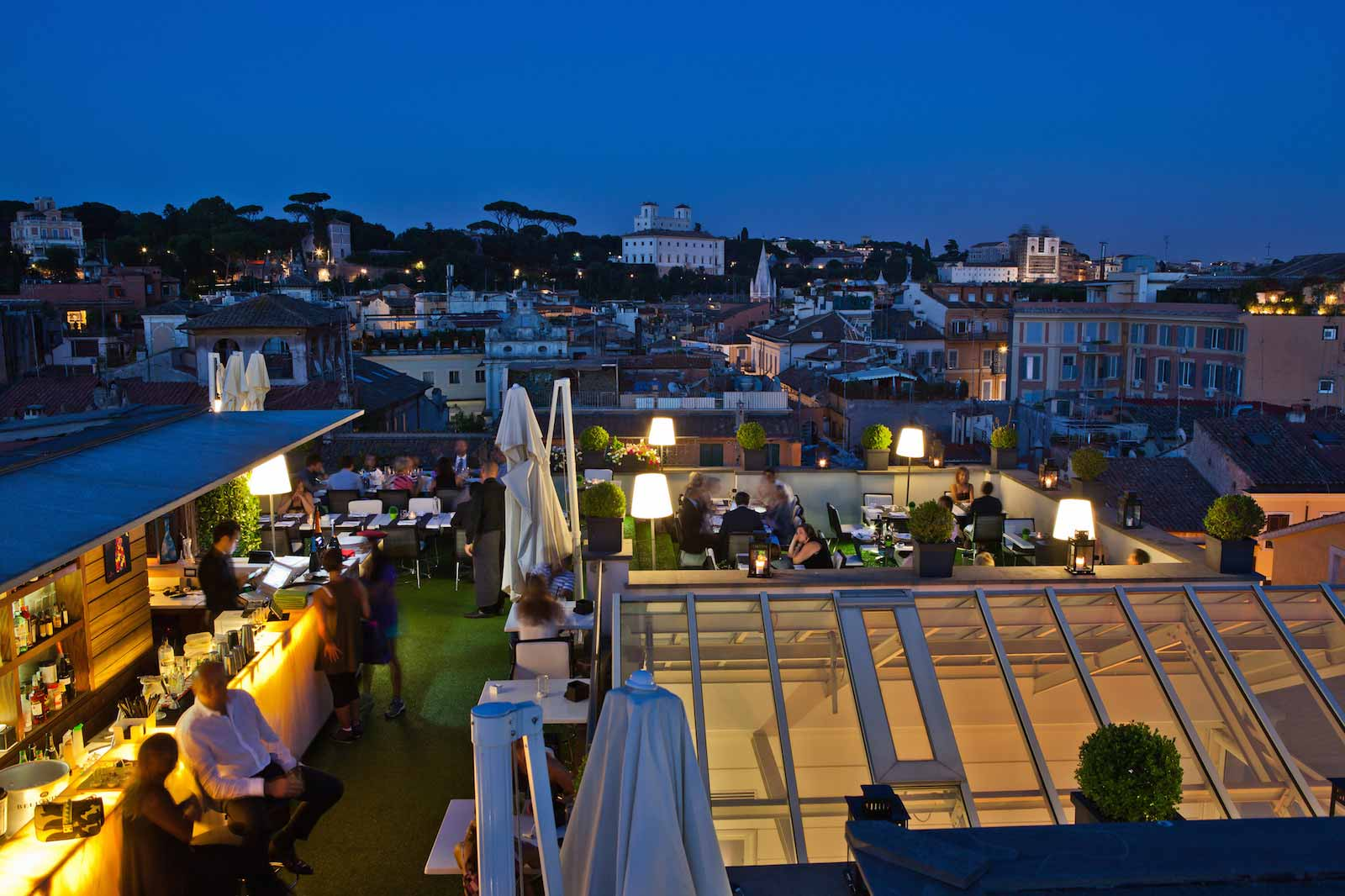 Roma. ristoranti con giardino e prezzi per mangiare all'aperto