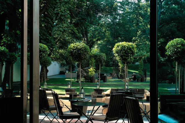 Ristoranti milano 20 tavole con giardino per mangiare all for Ristorante in baita vicino a me