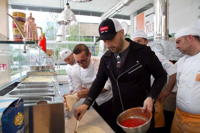 Sorbillo Bastianich pizza