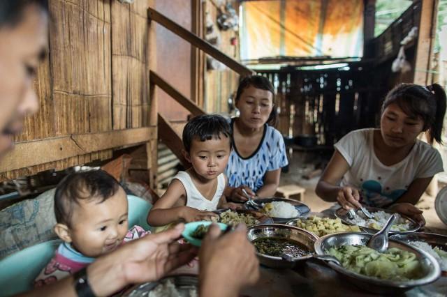 ChrisTerry_Birmania