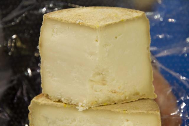 formaggio vecchia capra