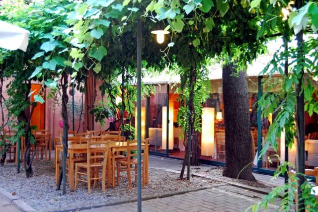Ristoranti milano 20 tavole con giardino per mangiare all - Casa con giardino milano ...