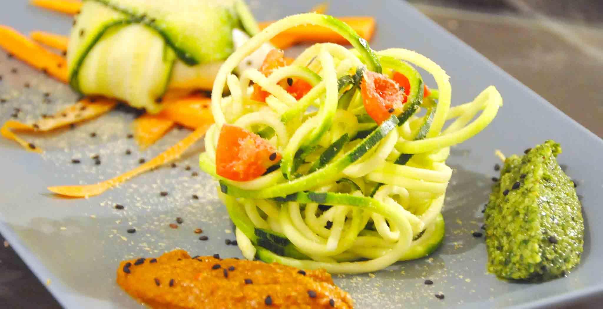 spaghetti zucchine raw vegan