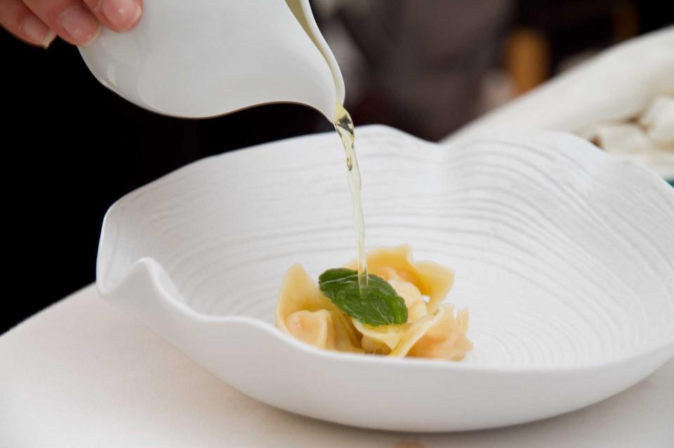 Cappelletti di Gambero nel loro consommè al limone di Amalfi