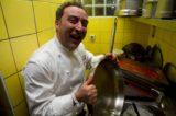 Polpette e Ikea. Lo chef stella Michelin Lino Scarallo inaugura il nuovo ristorante