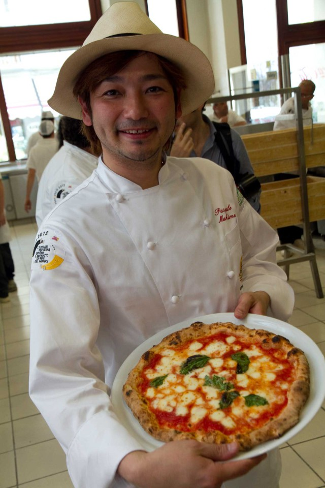 'Pasquale'-Makishima-pizza-margherita