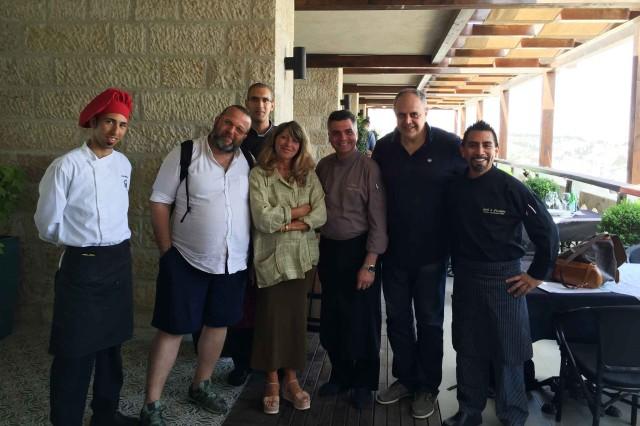 gruppo ristorante Gerusalemme Notre Dame