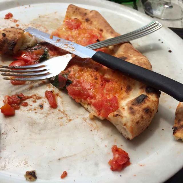 pizza napoletana fatta male