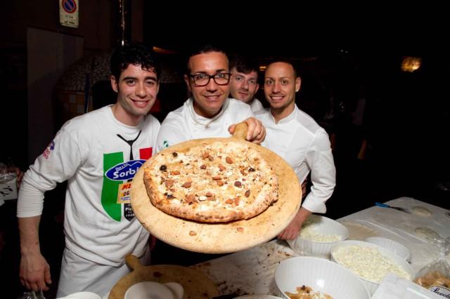 pizza tarallo Gino Sorbillo