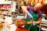 Street Food. Paolo Parisi torna a Napoli nella bottega a più alta densità di eccellenze gastronomiche