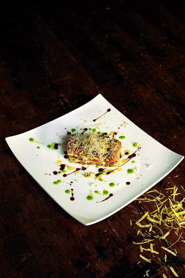 Lasagnetta di salmone e carasau