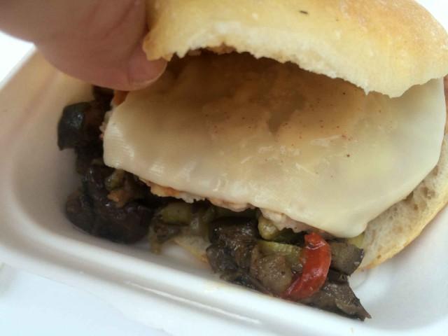 hamburger coccodrillo formaggio