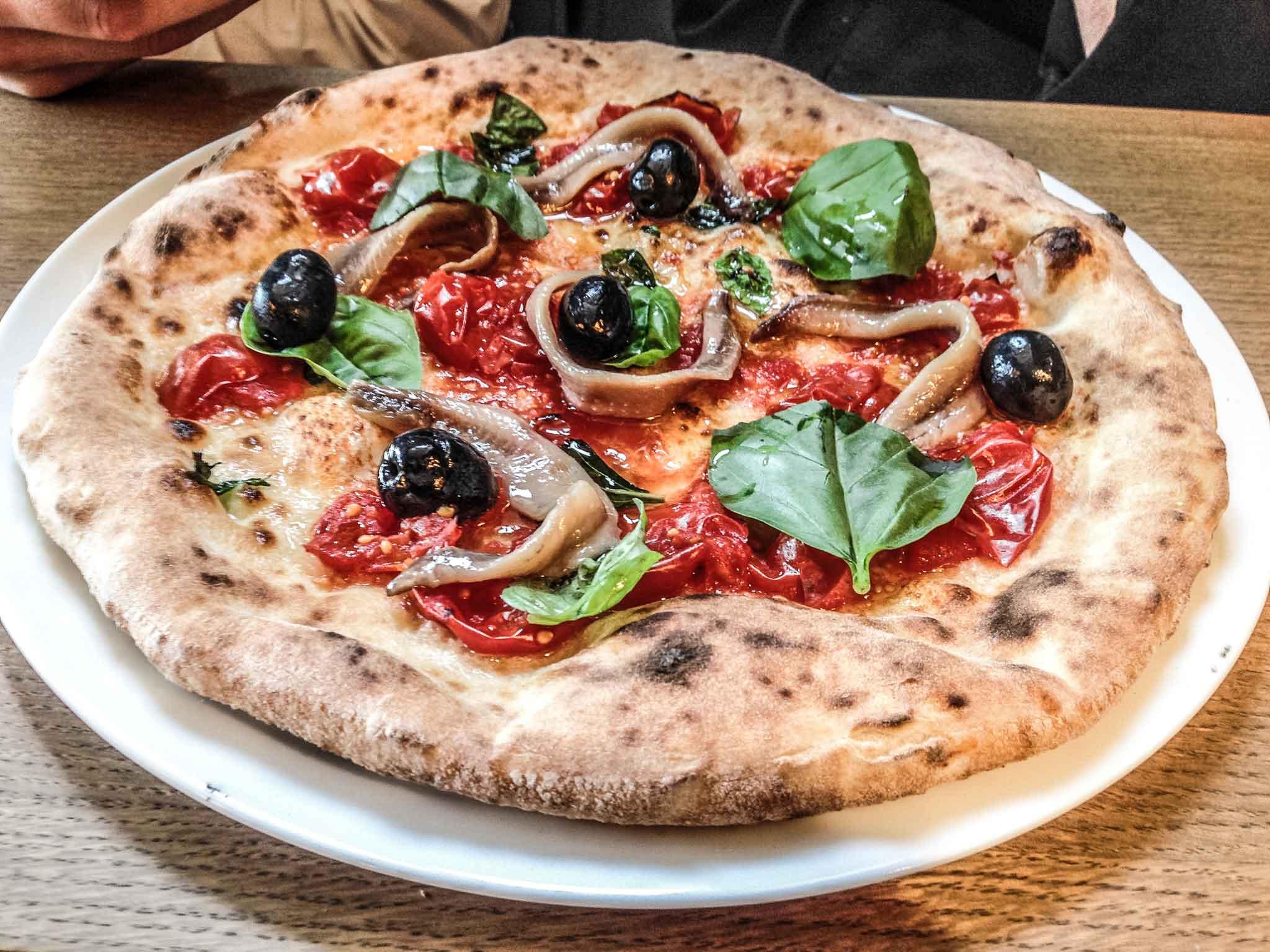 pizza 12 gatti Milano