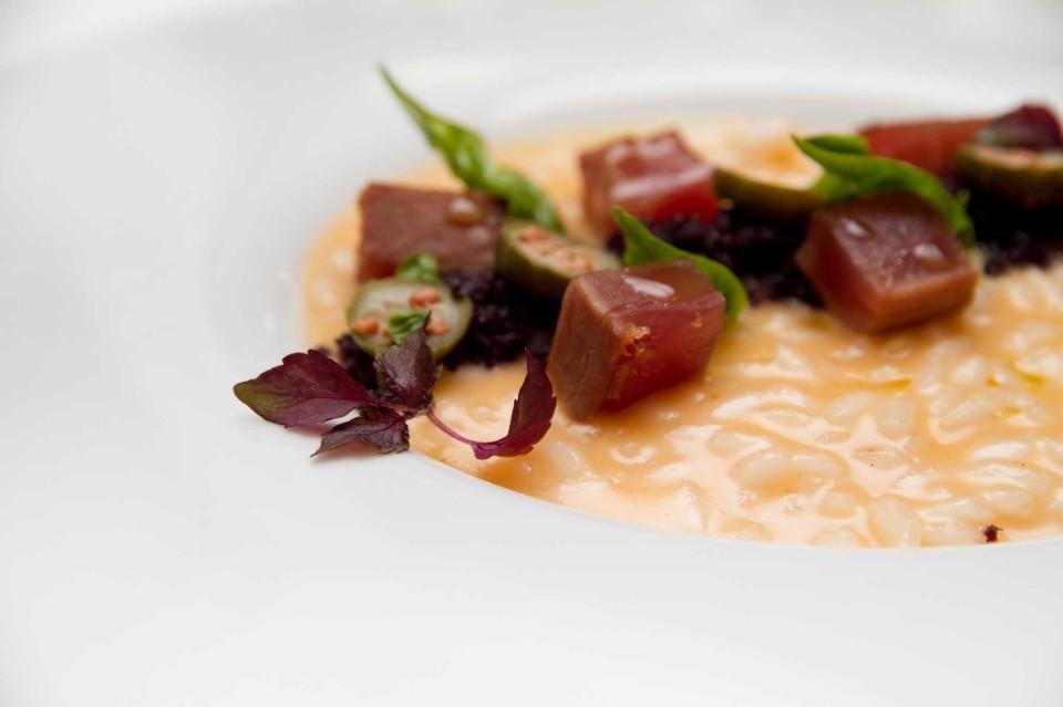 risotto con cubetti di tonno