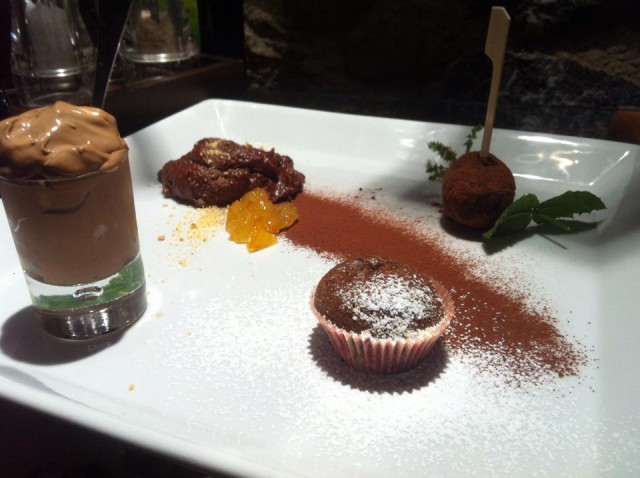 elogio al cioccolato fondente