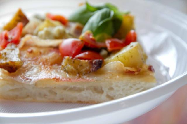 pizza patate pomodoro