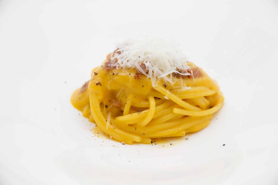 spaghetti come una carbonara