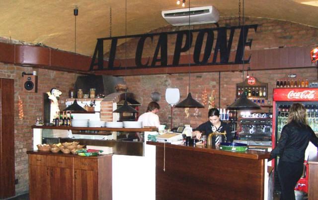 Al Capone pizzeria