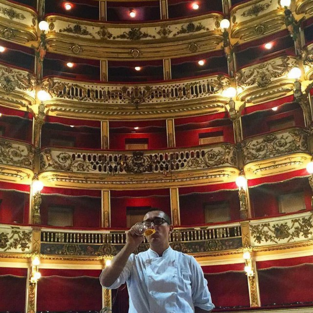 Gino Sorbillo al Teatro Bellini