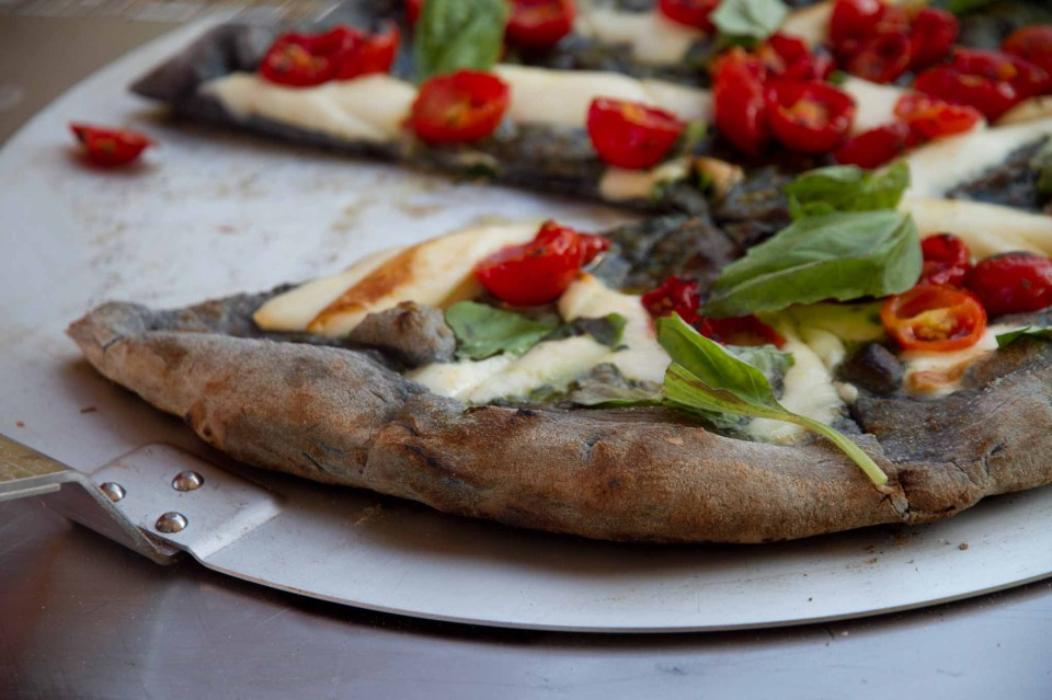 fetta pizza nera