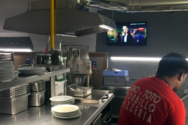 nuova pizzeria Gino Sorbillo via Tribunali