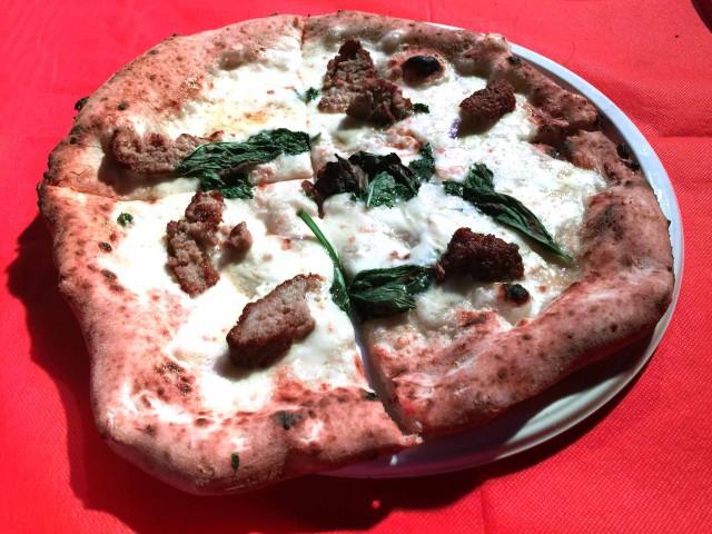 pizza con polpette