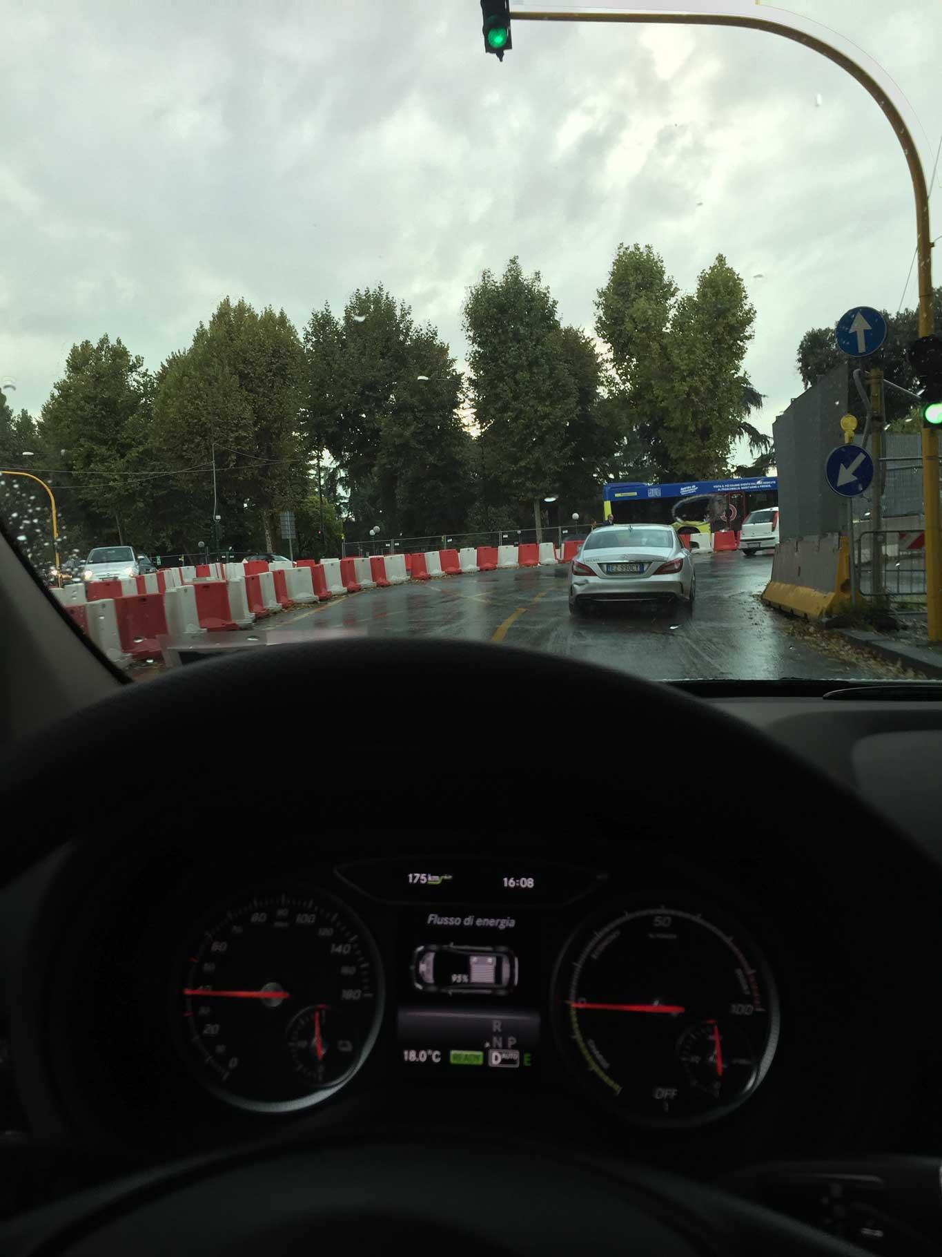 Mercedes in città