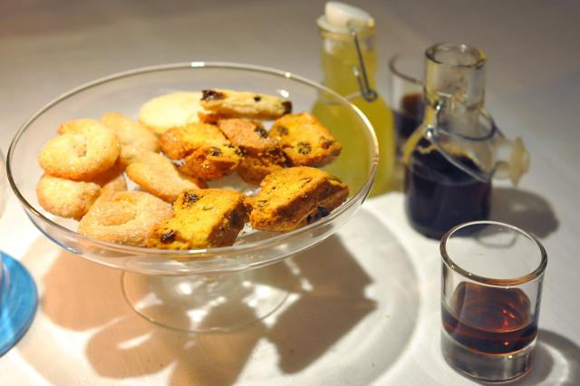 biscotti-liquori-cucina-atipica