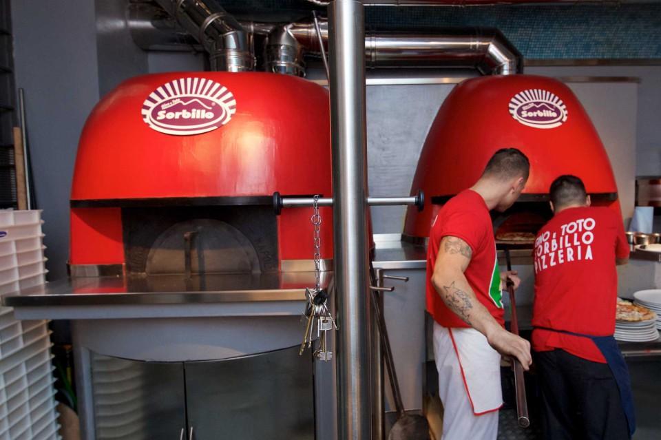 forni pizzeria Scaramantica Sorbillo