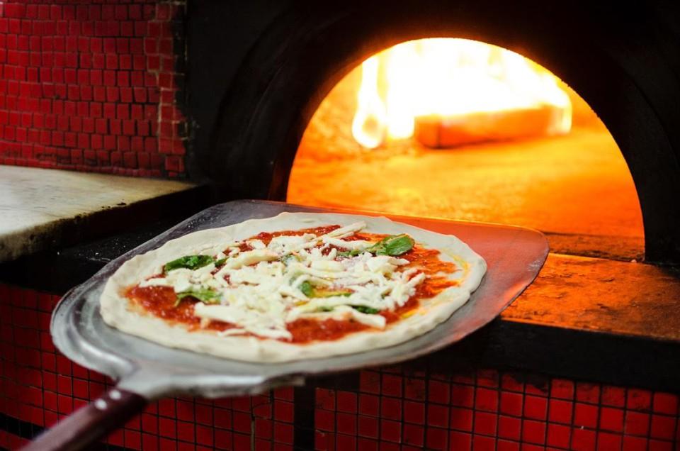 forno pizza napoletana