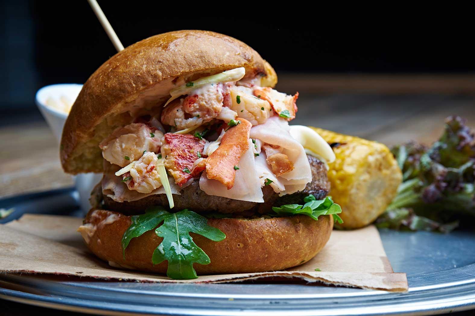 hamburger astice carne surf and turf