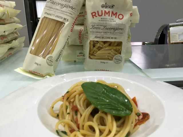 spaghetti Rummo con pomodorini