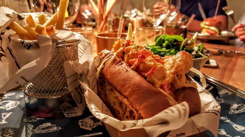 Classico Brescia lobster roll