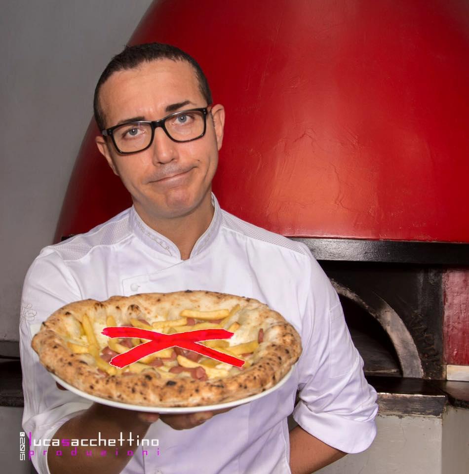 Gino Sorbillo no pizza wurstel patatine