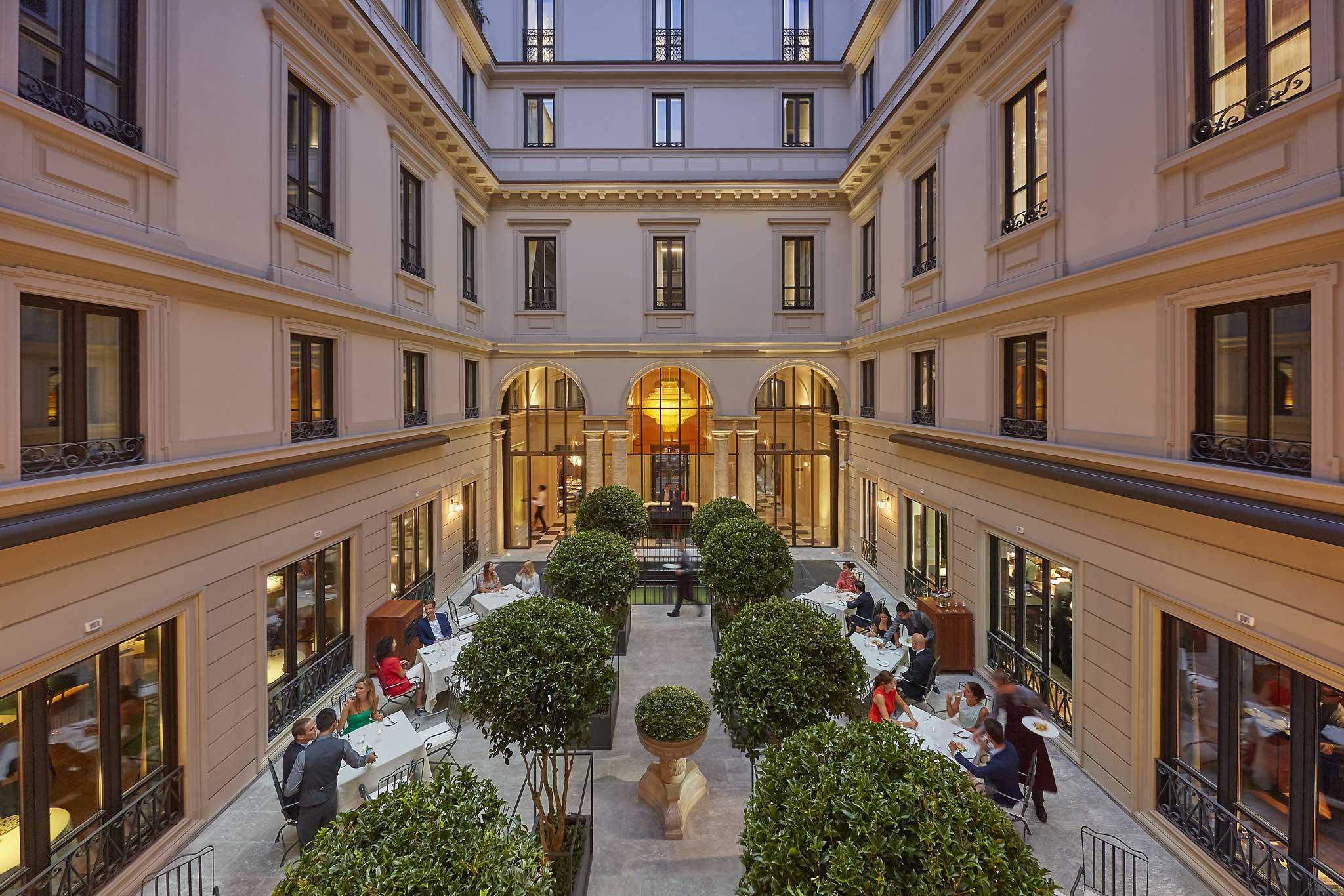 Mandarin Milano giardino