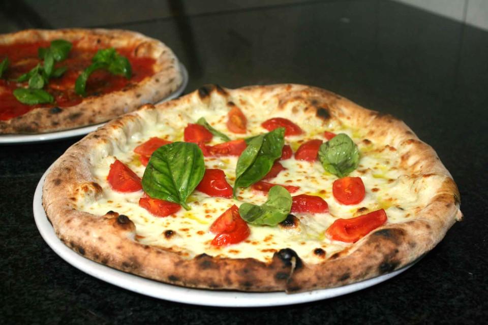 Margherita con pomodorini