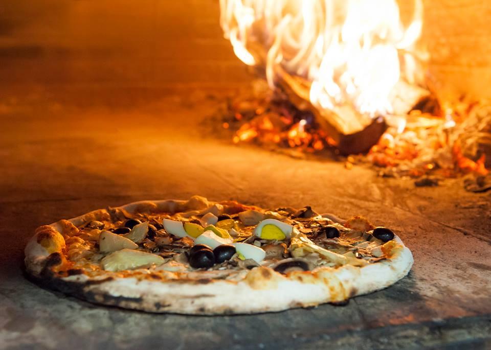 Rimpizzamose forno a legna pizza