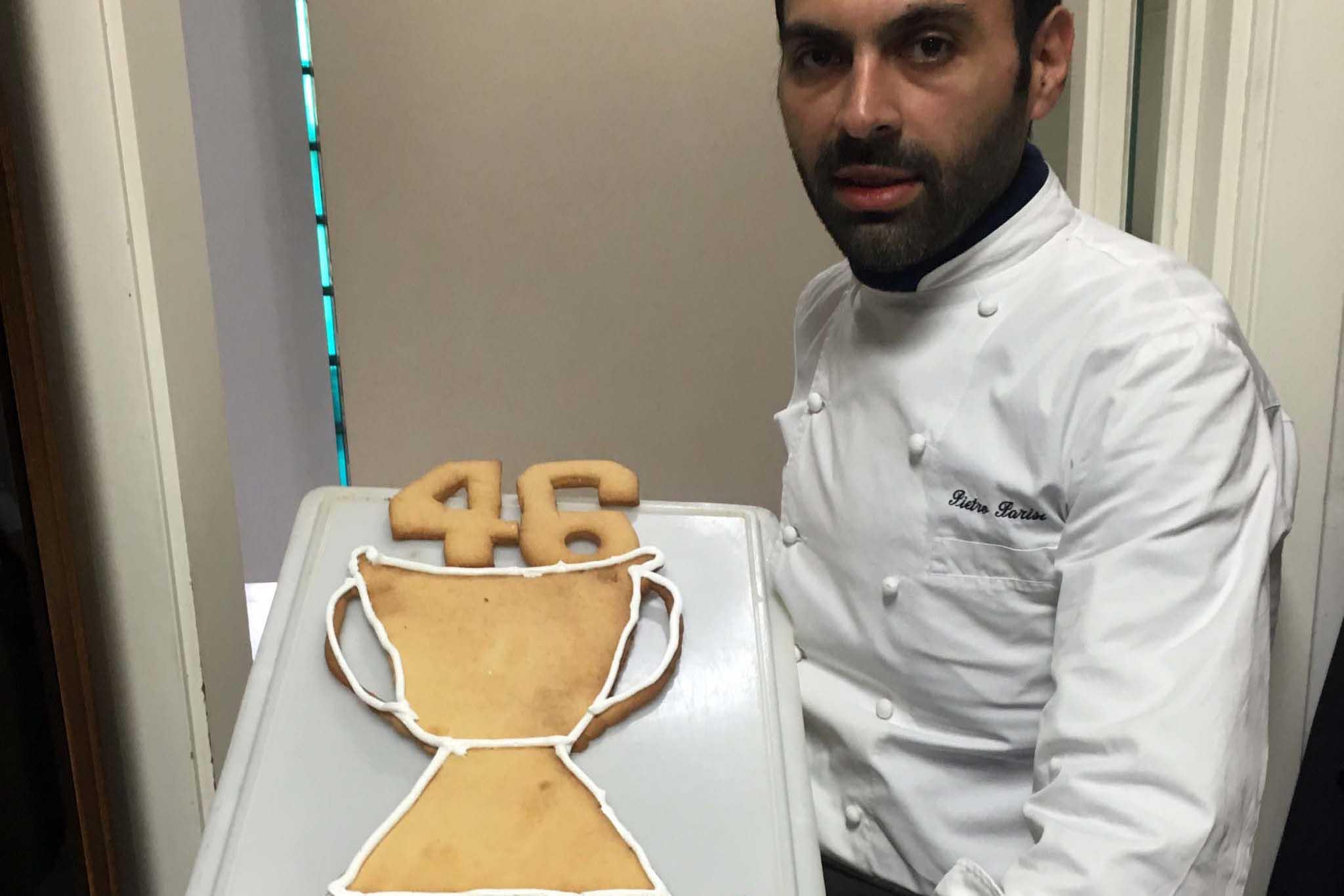 Un biscotto da campioni per Valentino Rossi: lo sforna Pietro Parisi