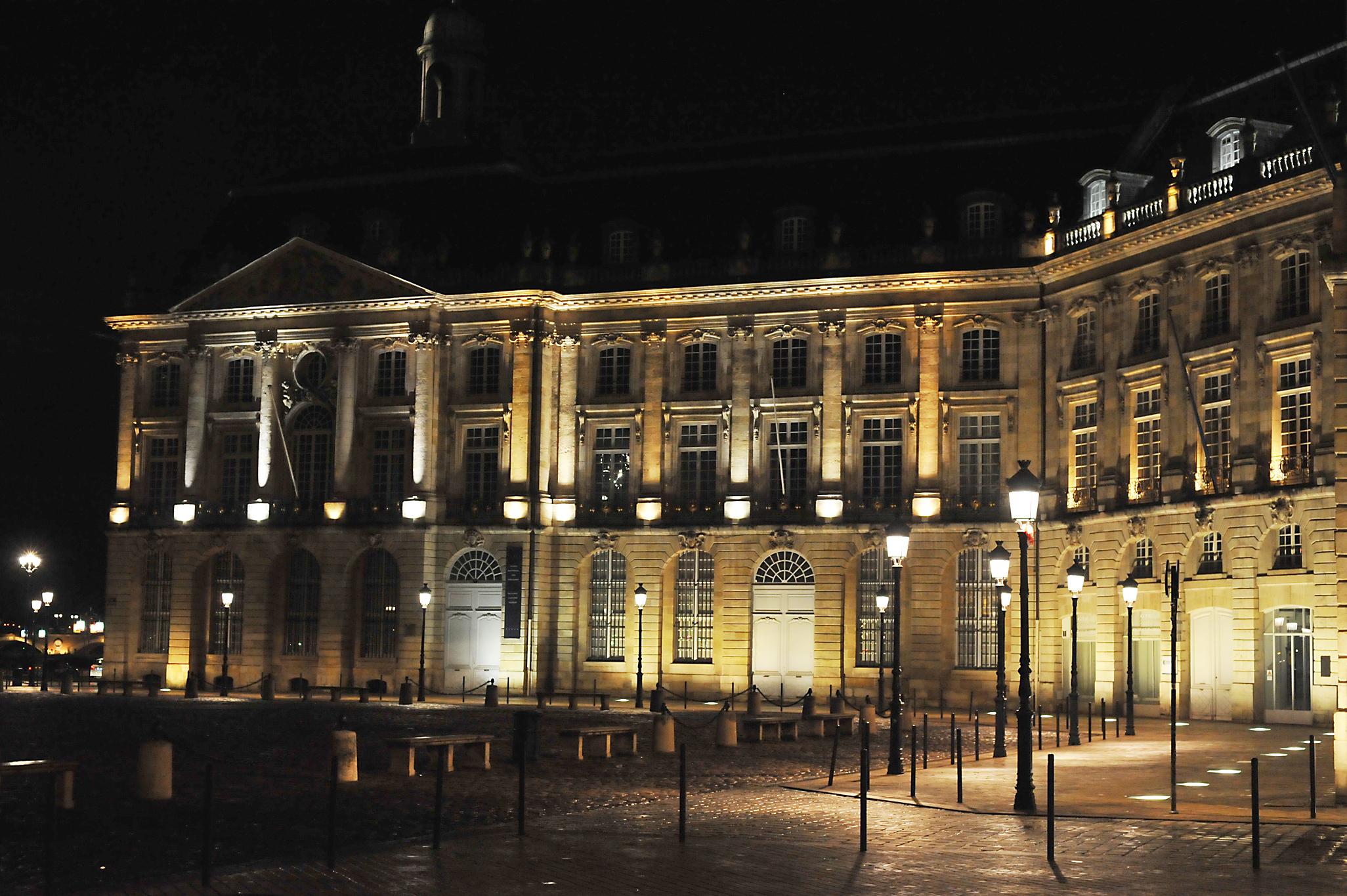 bordeaux night