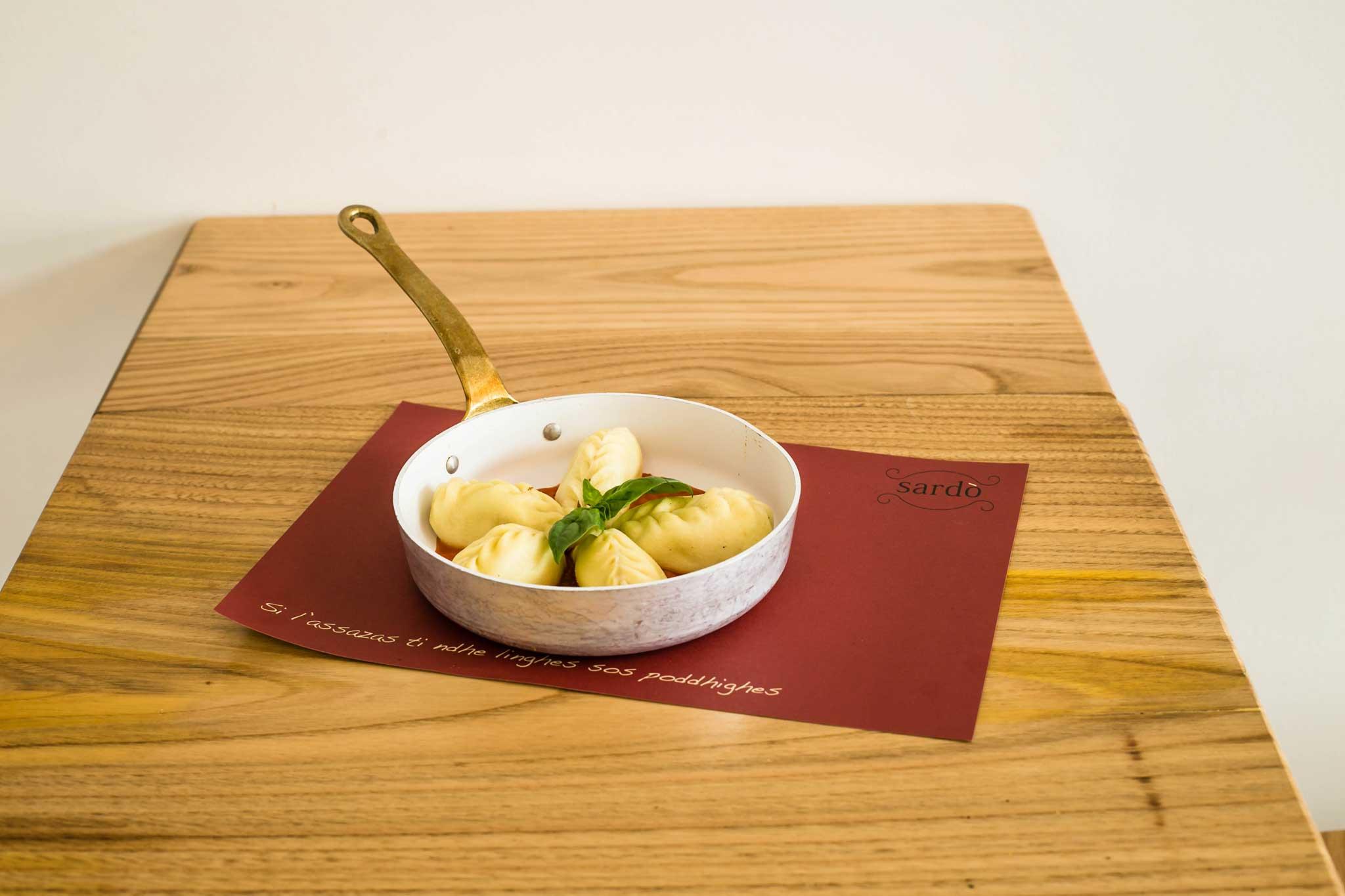 culurgiones pomodoro basilico