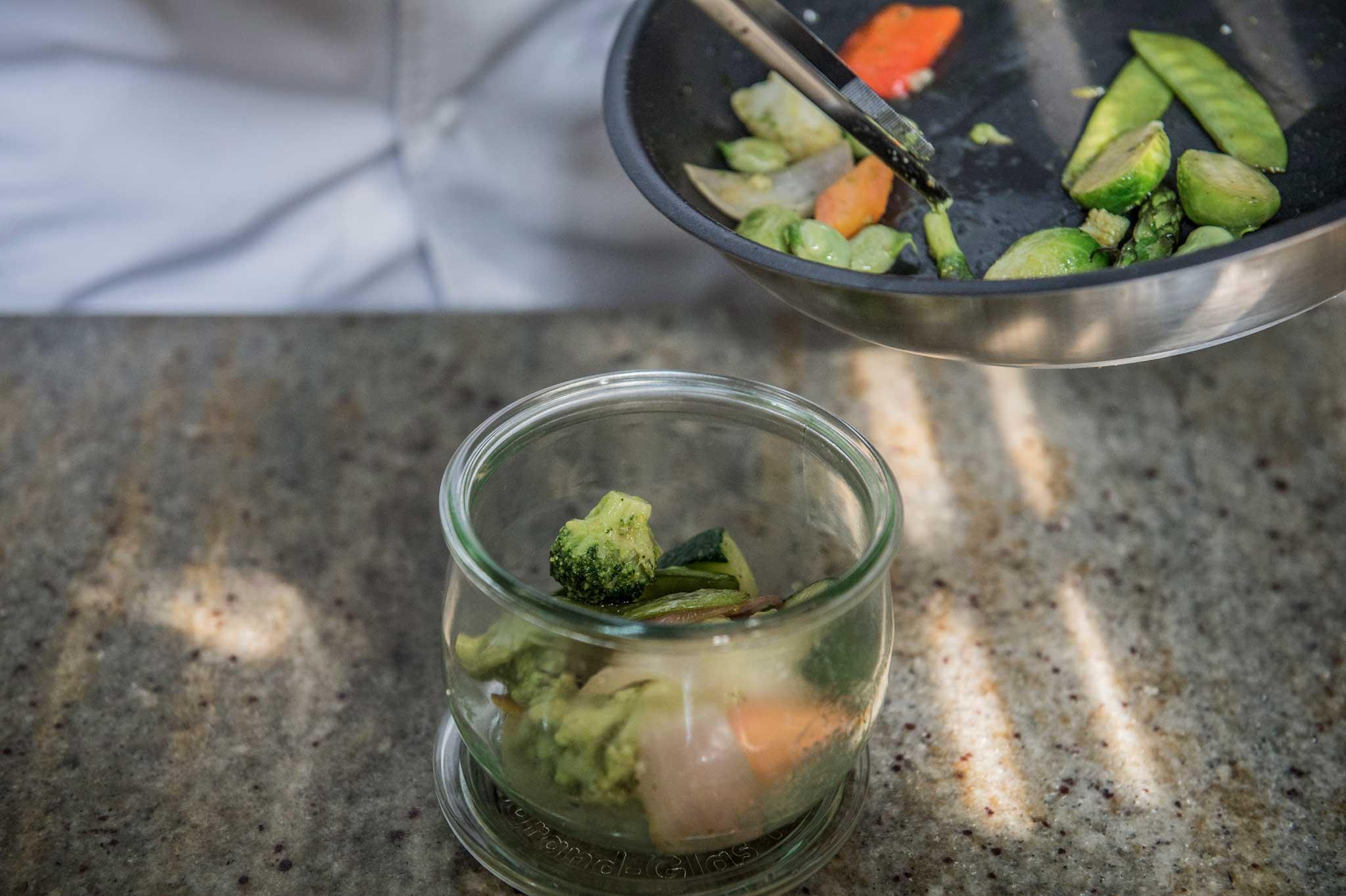 preparazione piatti in vetro