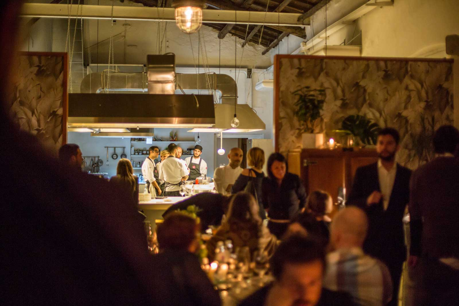 Al Cortile Milano temporary restaurant