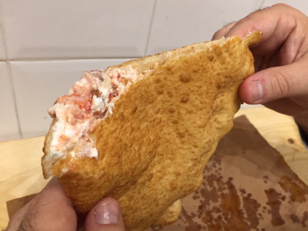 pizza fritta Gino Sorbillo