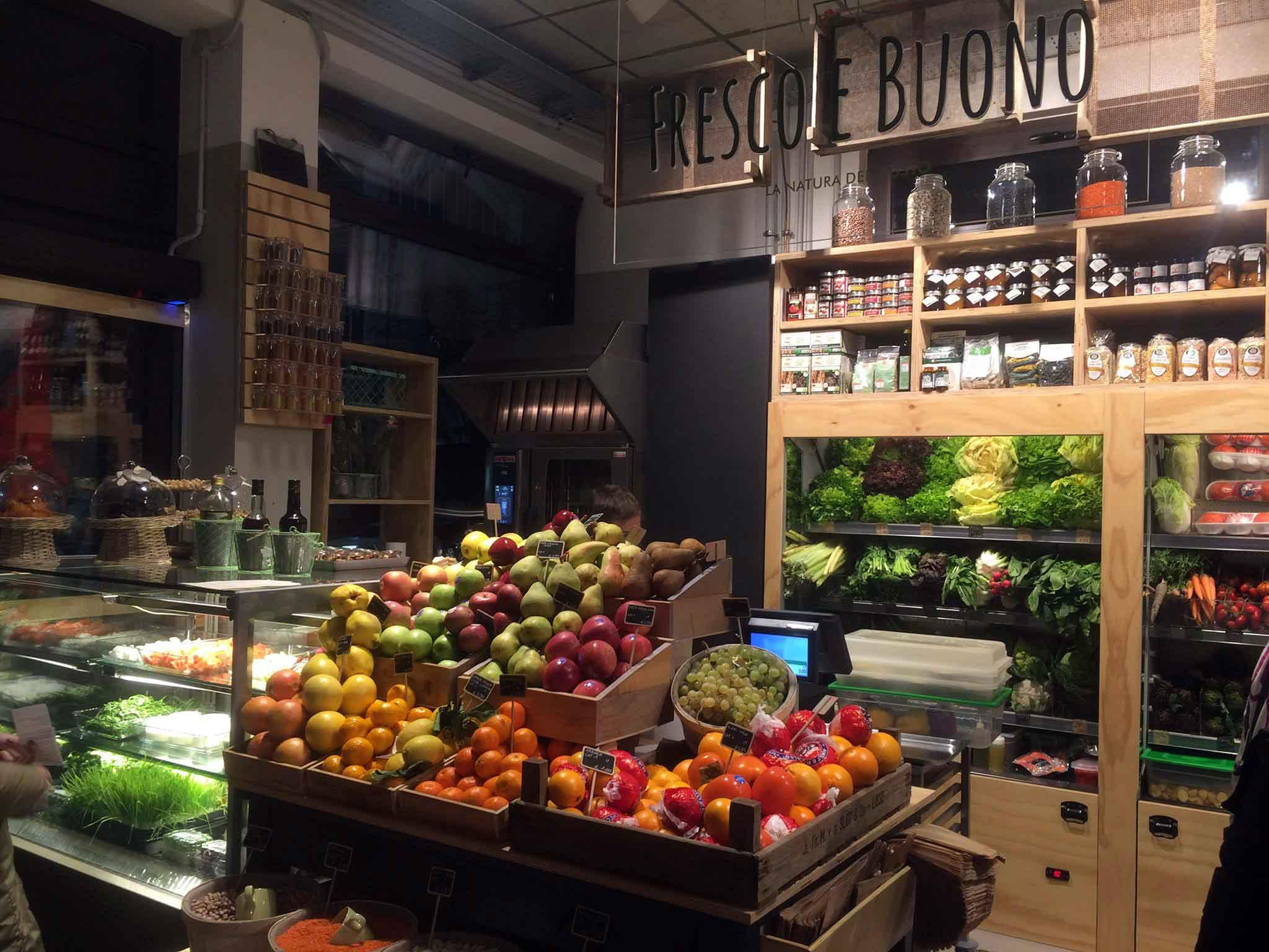 Mercato del Suffragio Milano frutta verdura