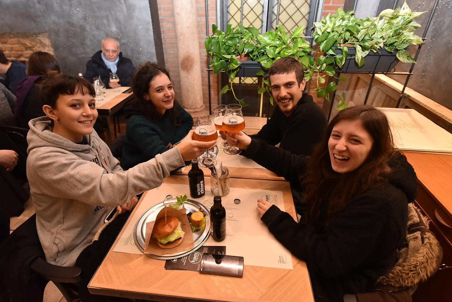 birra Ham Holy Burger Verona