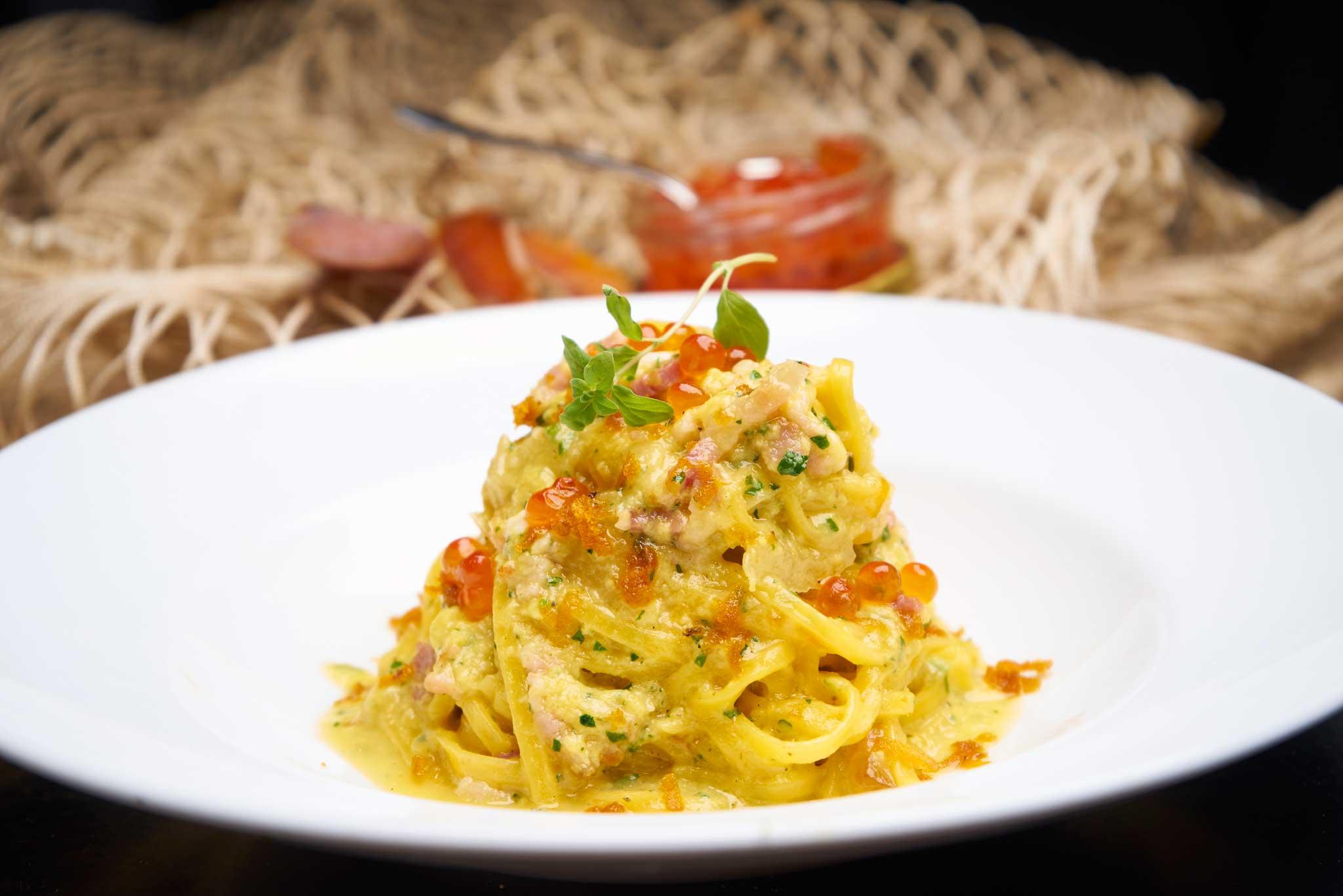 Ricette carbonara di mare con bottarga e uova di salmone for Cucina italiana pesce