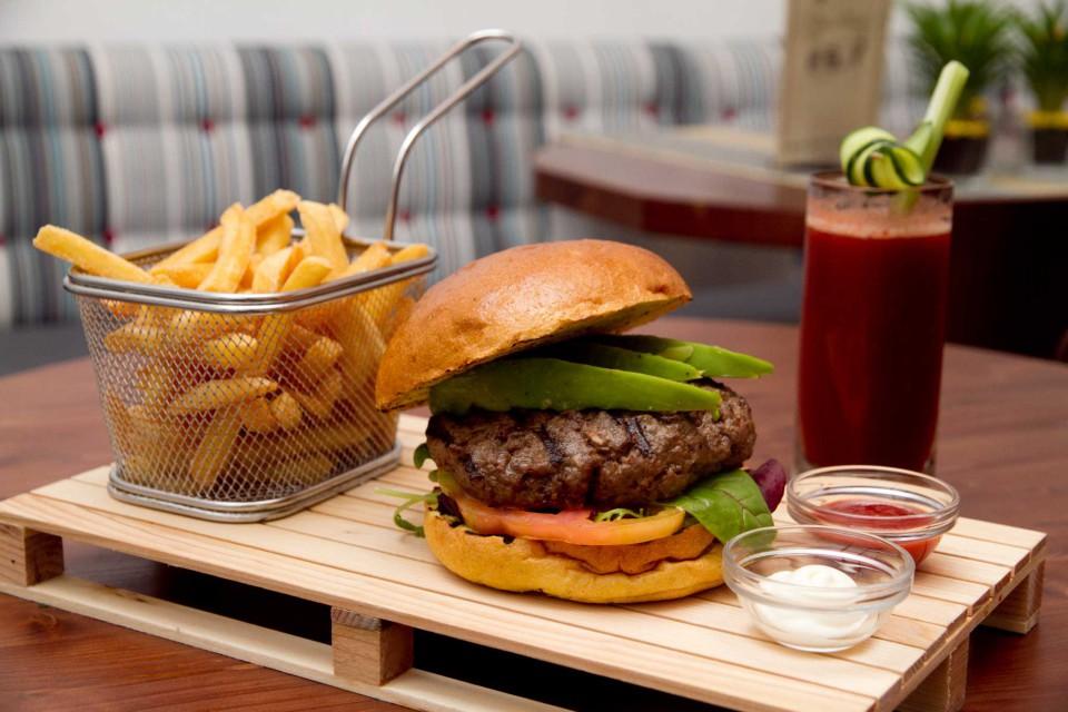 hamburger Roma Suburra